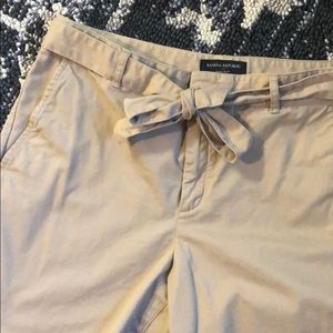 Chino cropped pants, real pockets, cute!
